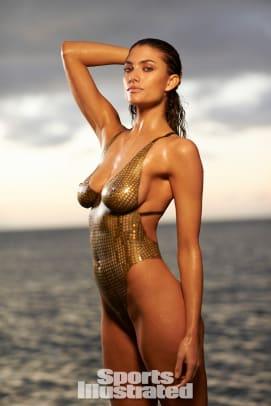 Lauren Mellor 2014 swimsuit body paint 2