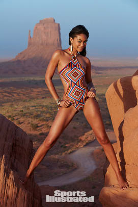 chanel iman 2015 premium photo x158332_tk1_05383-rawfinal.jpg