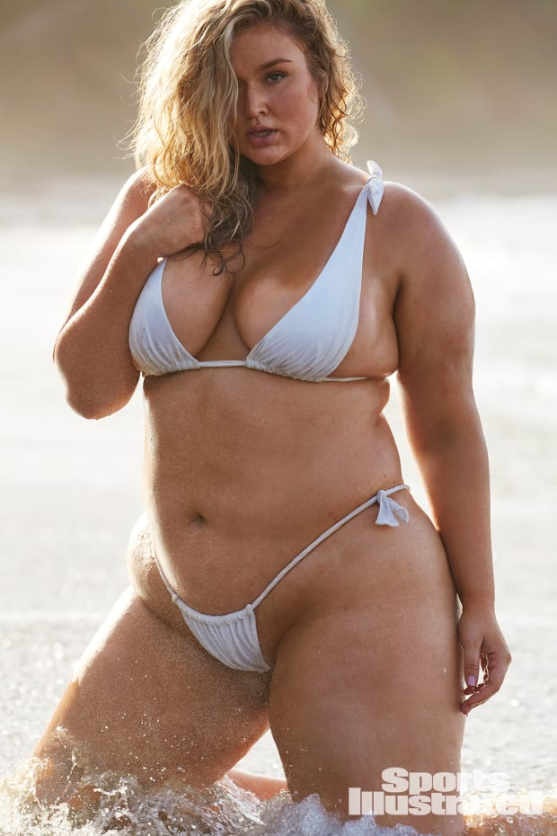 Hunter Mcgrady On Diversity And The Si Swimsuit 2019 Issue Swimsuit Si Com