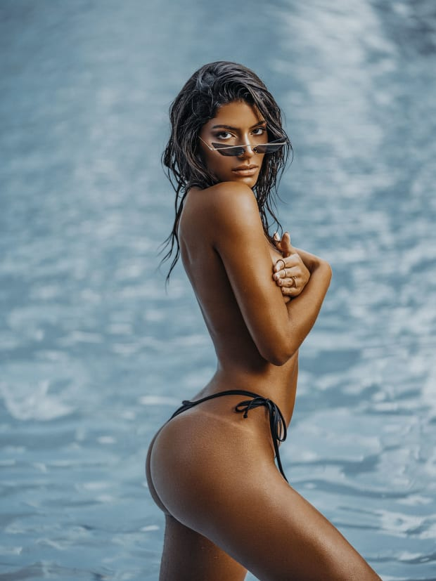 Sports Illustrated Swimsuit Model Search Sweet 16 X Fae Swim Swimsuit Si Com