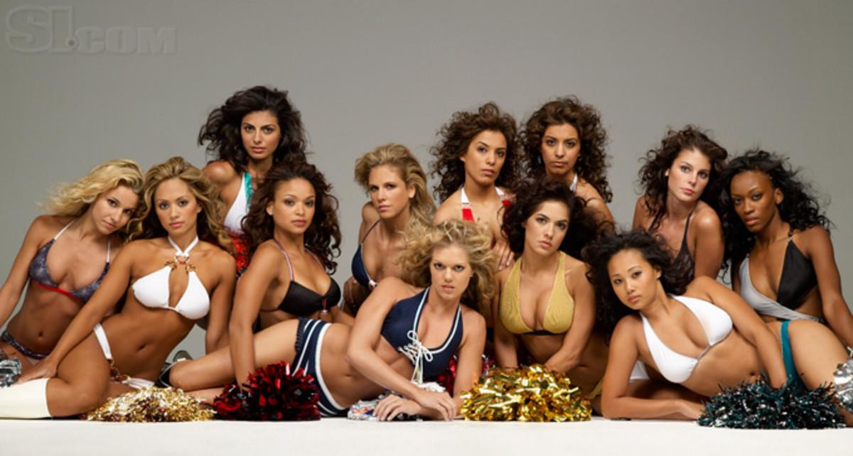 08_cheerleaders-group_05.jpg