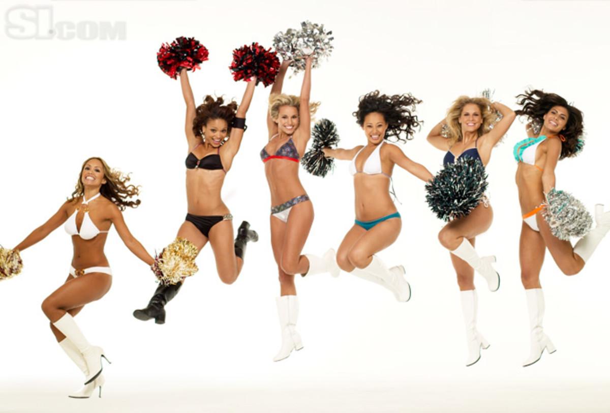 08_cheerleaders-group_08.jpg