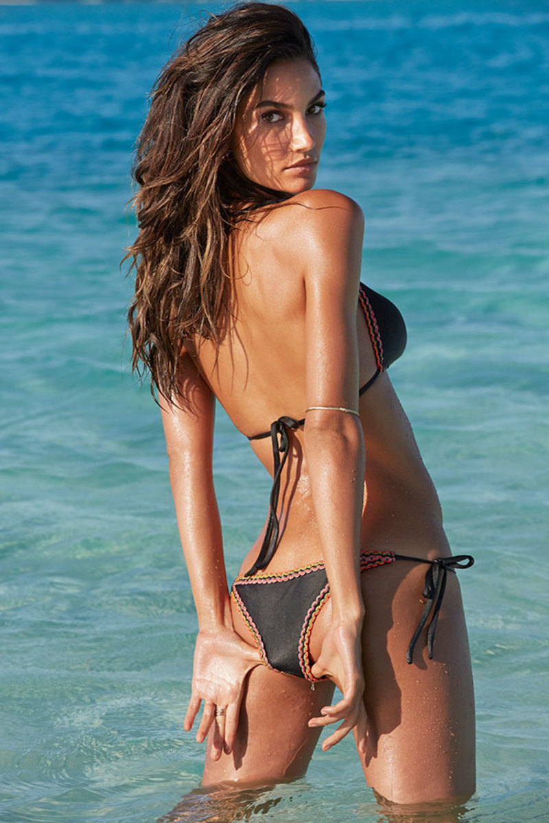 Lily Aldridge in the Cook Islands, SI Swimsuit 2014