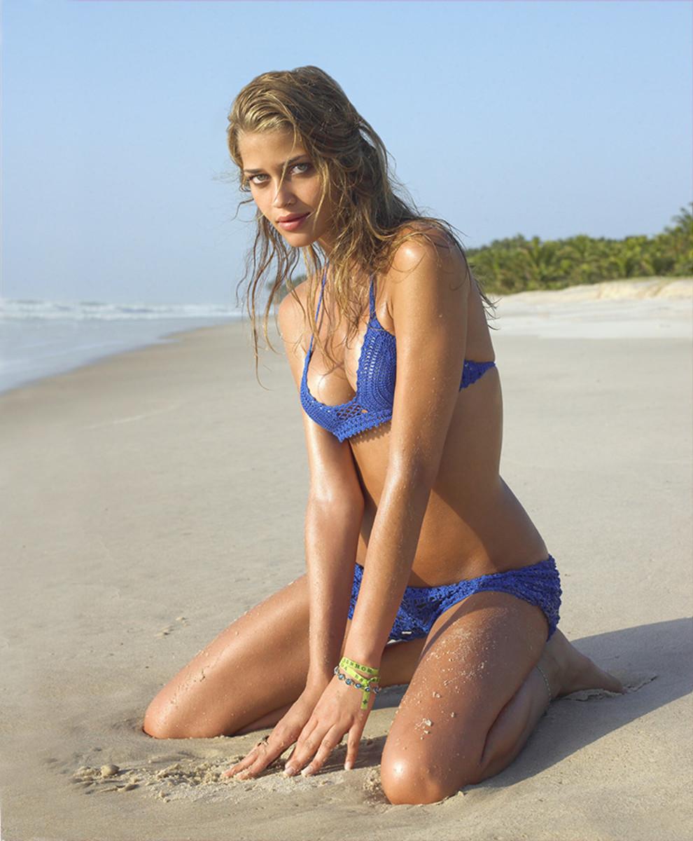 brazil-swimsuit4.jpg
