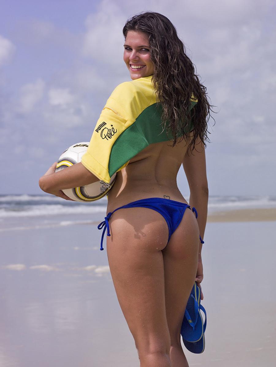brazil-swimsuit20.jpg