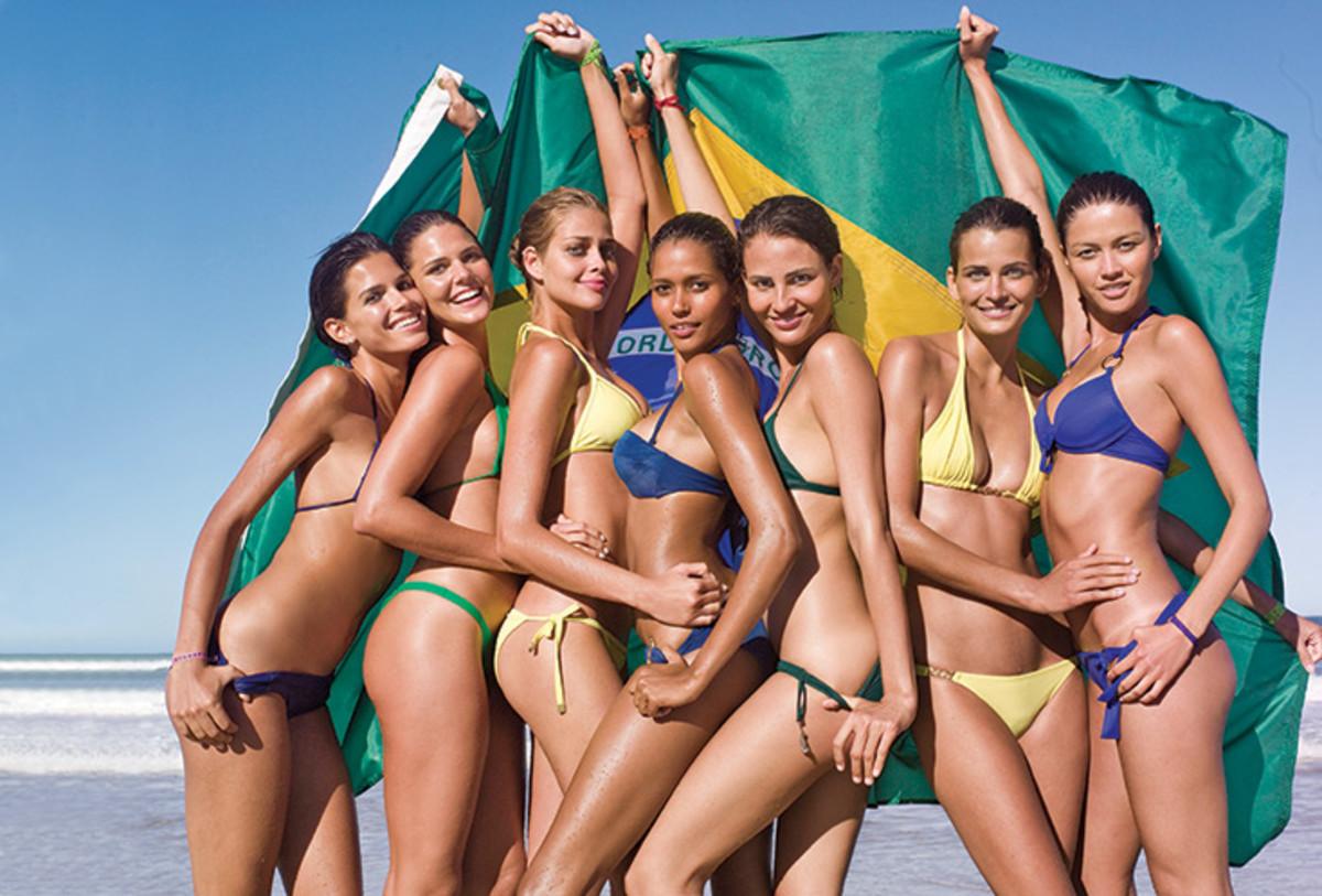 Raica Oliveira, Daniella Sarahyba, Ana Beatriz Barros, Ana Paula Araujo, Fernanda Tavares, Fernanda Motta and Aline Nakashima :: JR Duran for Sports Illustrated