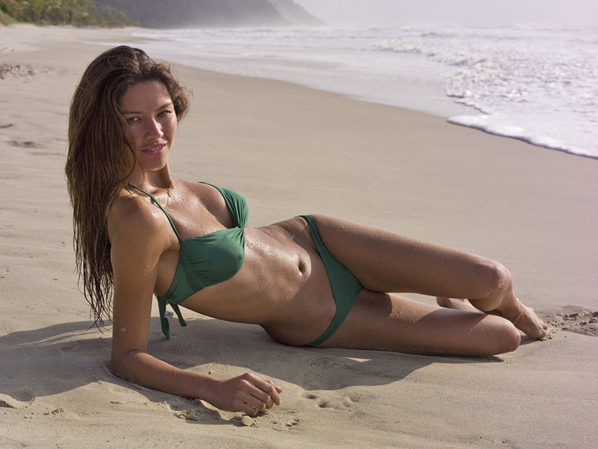 brazil-swimsuit5.jpg