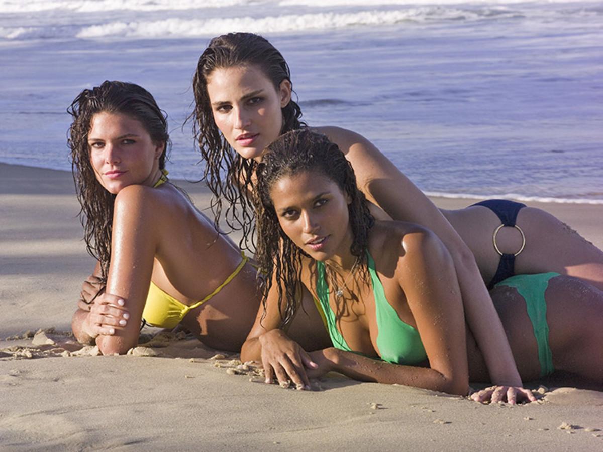 Daniella Sarahyba, Fernanda Tavares and Ana Paula Araujo :: JR Duran for Sports Illustrated