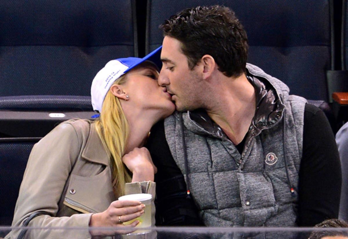 Anne V and Matt Harvey ::  James Devaney/Getty Images