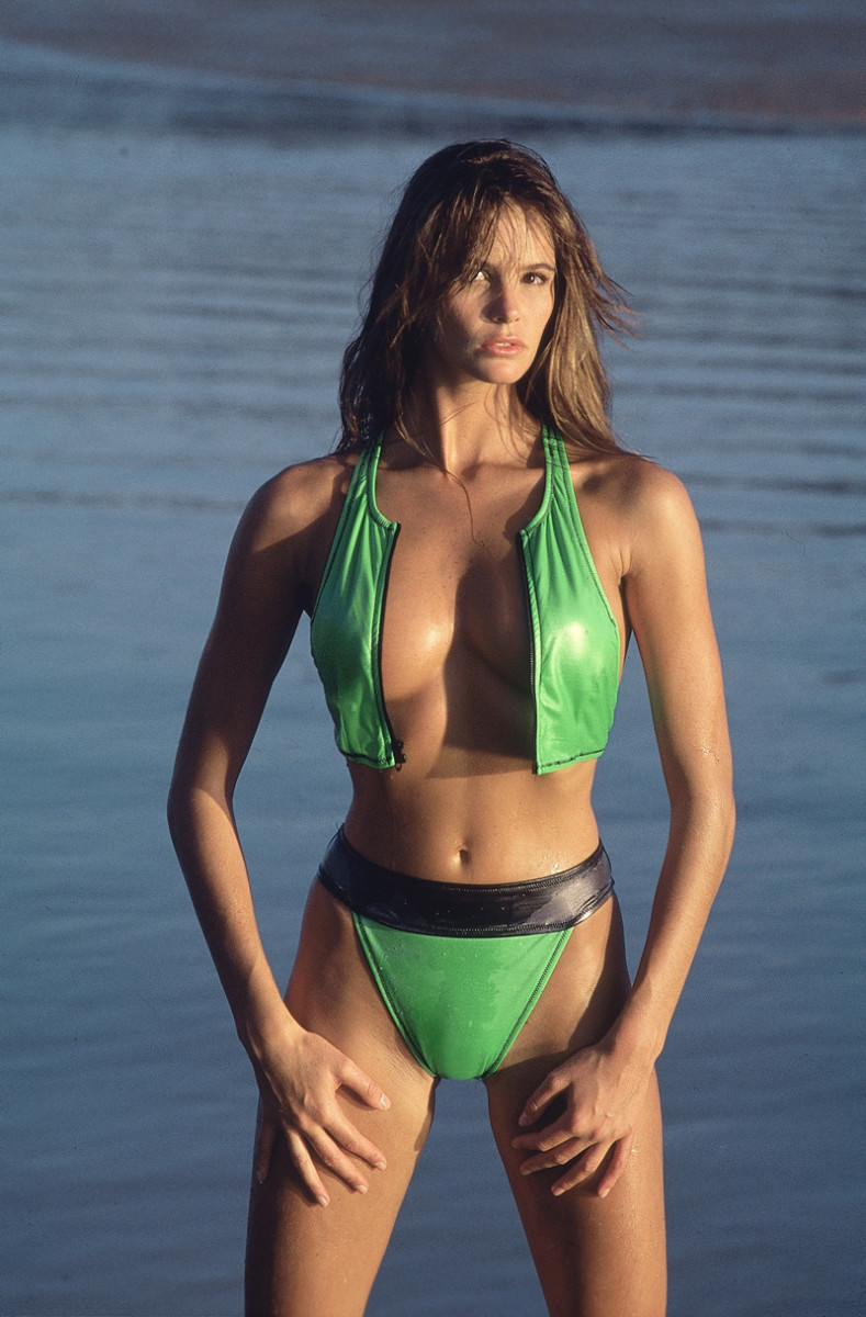 elle-macpherson-marc-hispard-1988-11.jpg