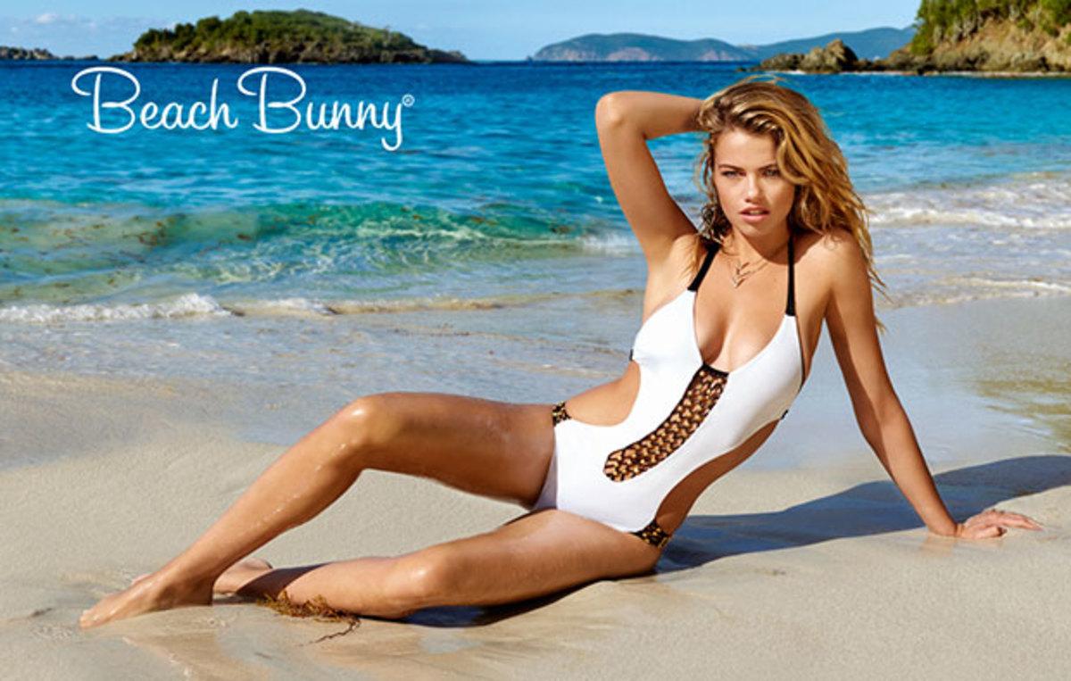 hailey-beach-bunny-1.jpg