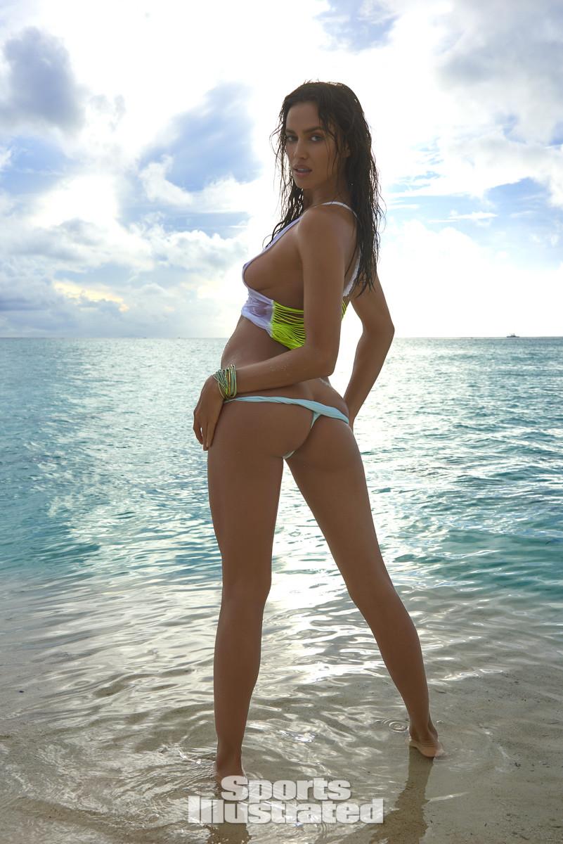 Irina Shayk 2016 web X159793_TK1_02415-rawWMFinal1920.jpg