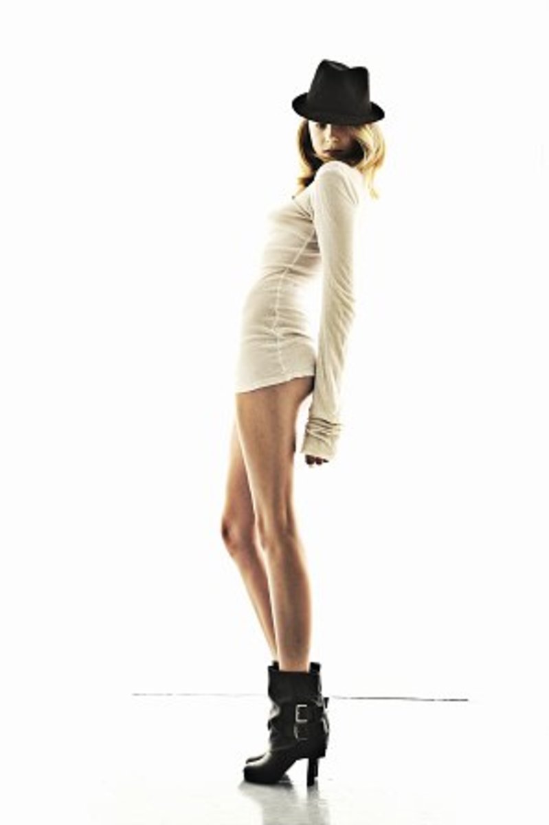 Caroline West :: Courtesy of Elite Model Management