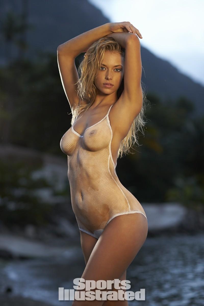 Hannah Ferguson 2014 Swimsuit body paint 26