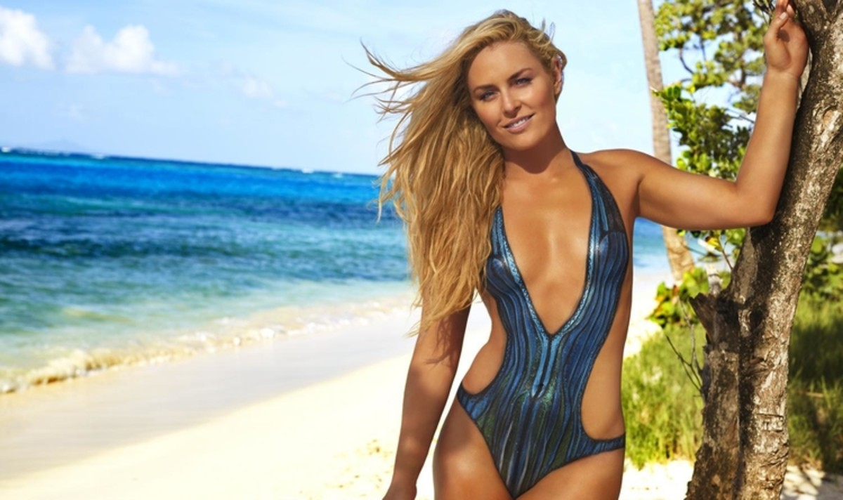 Lindsey Vonn works out in bodypaint and heels in SI