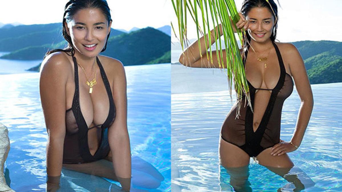 Jessica Gomes, SI Swimsuit 2011