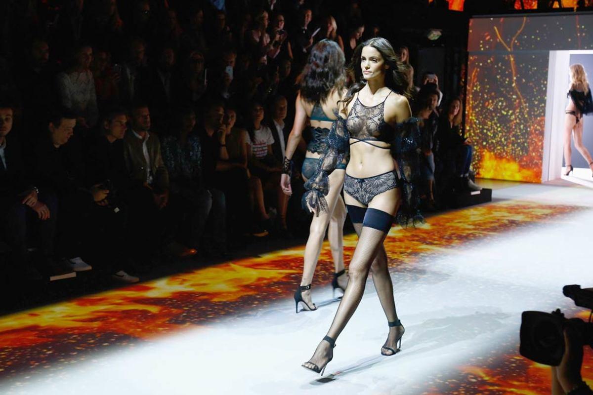 sofia-lingerie3.jpg