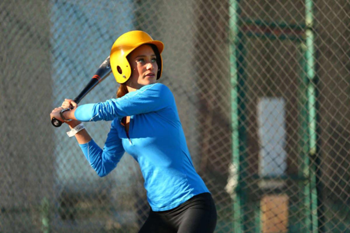hannah-davis-baseball2.jpg