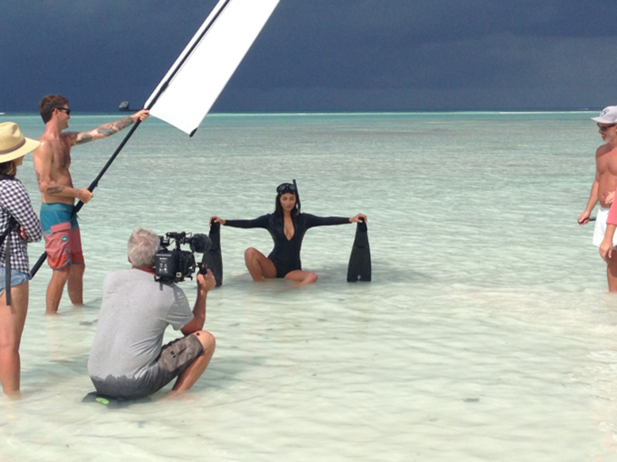 Behind the scenes in Madagascar, Swimsuit 2014