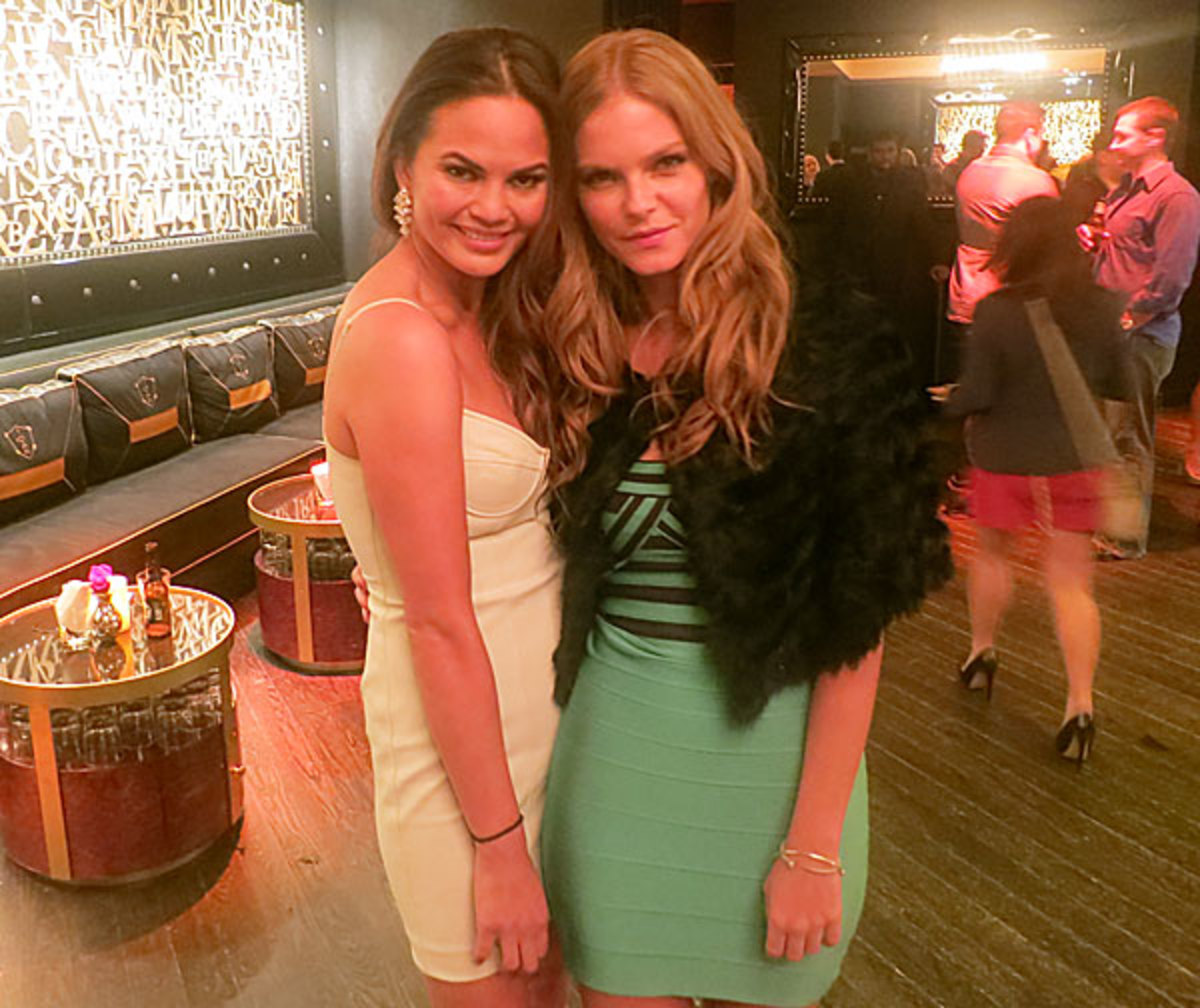 Chrissy Teigen and Jessica Perez :: Andy Gray/SI