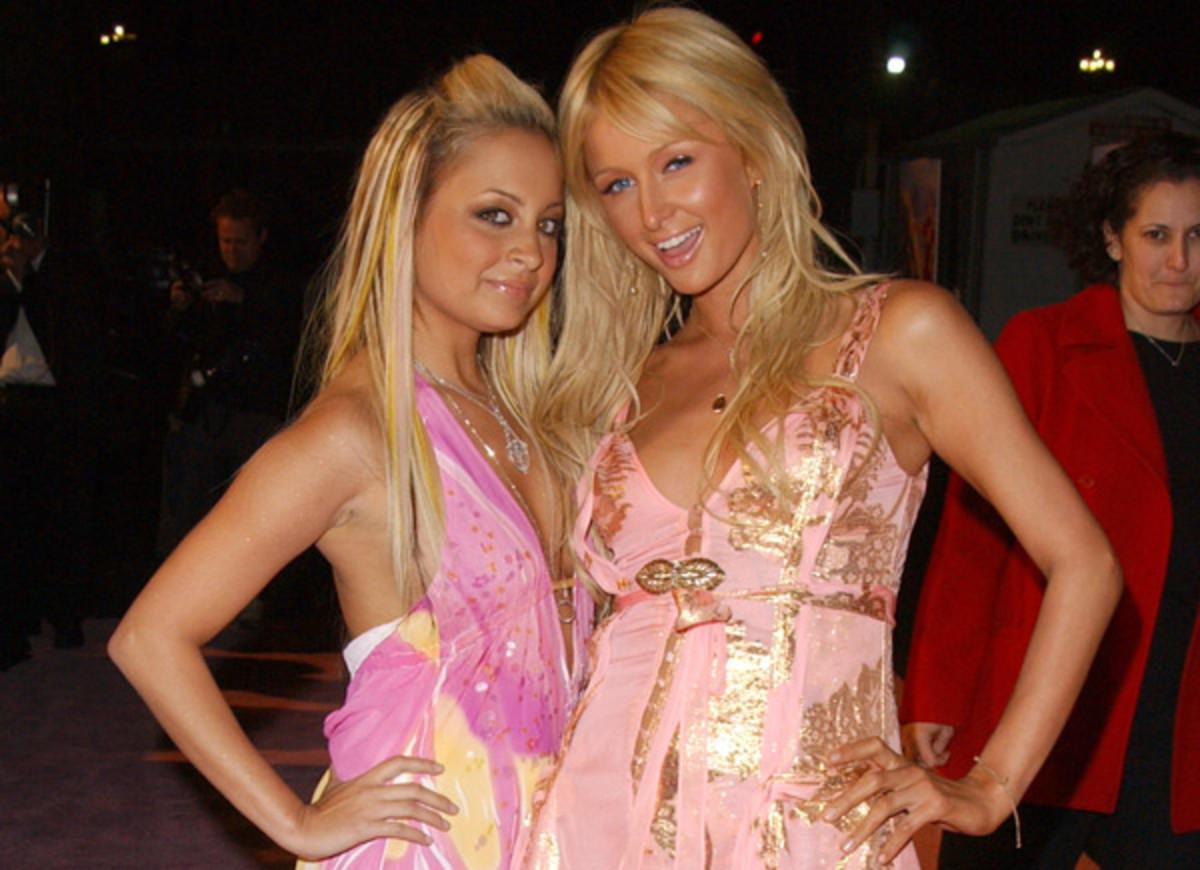 Nicole Richie and Paris Hilton :: : J. Vespa/Getty Images