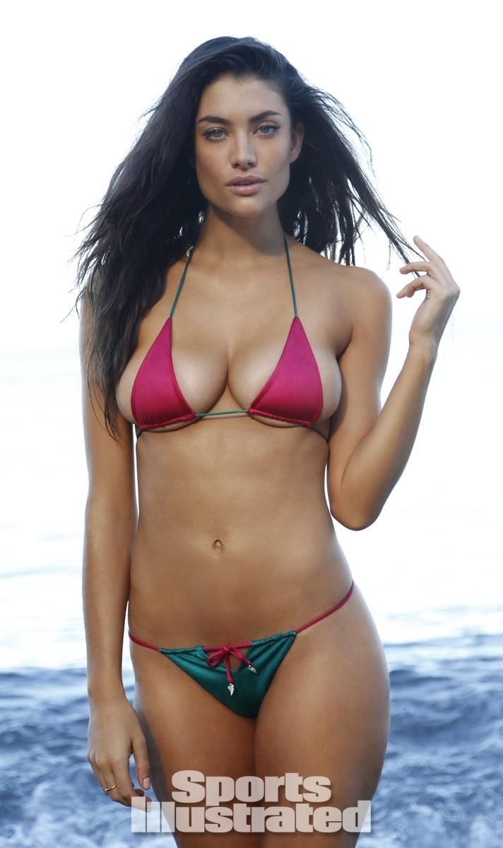 Lauren Mellor 2014 Swimsuit 12