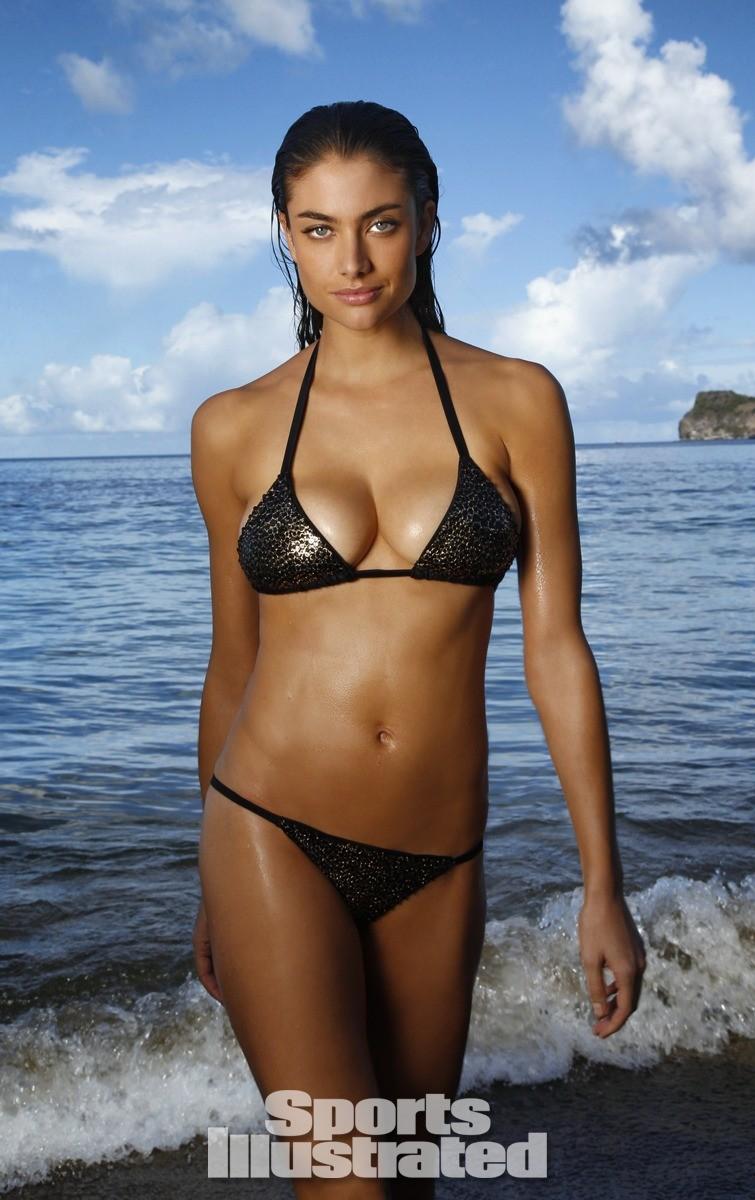 Lauren Mellor 2014 Swimsuit 7