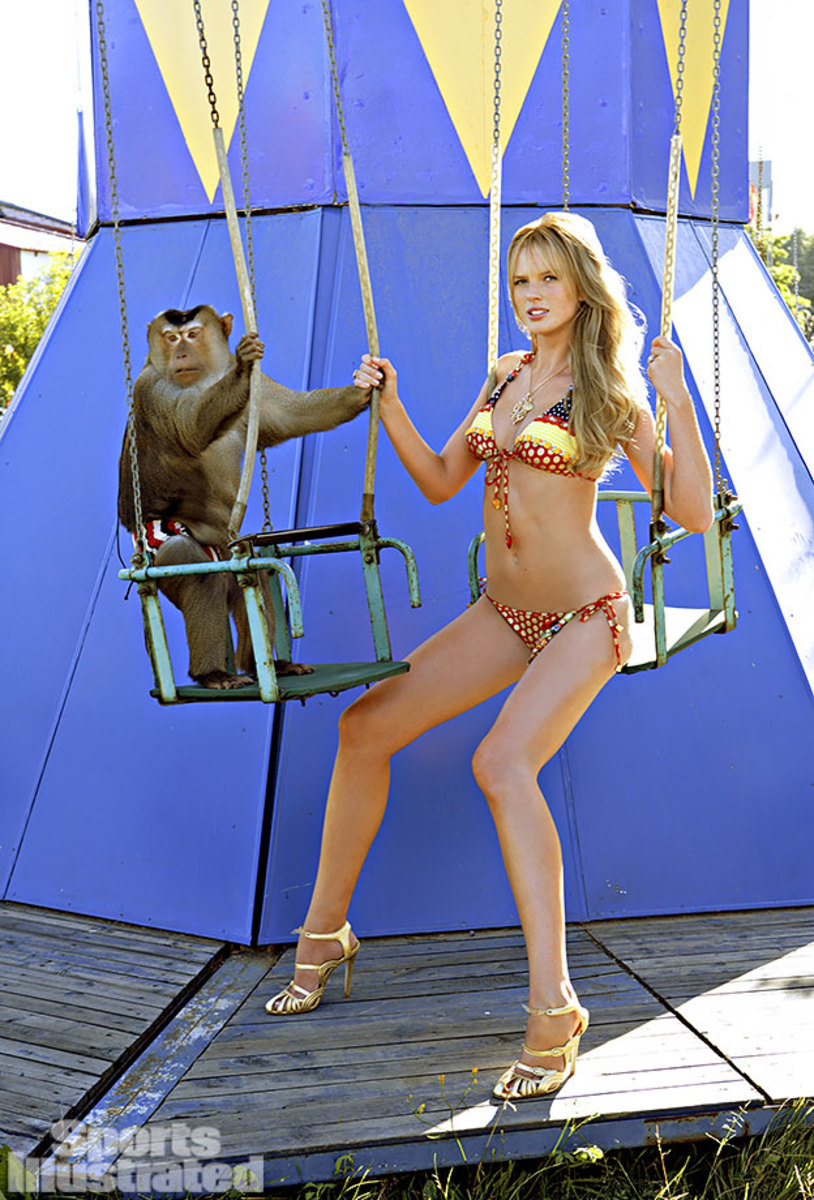 2008-Anne-V-monkey-075448818.jpg