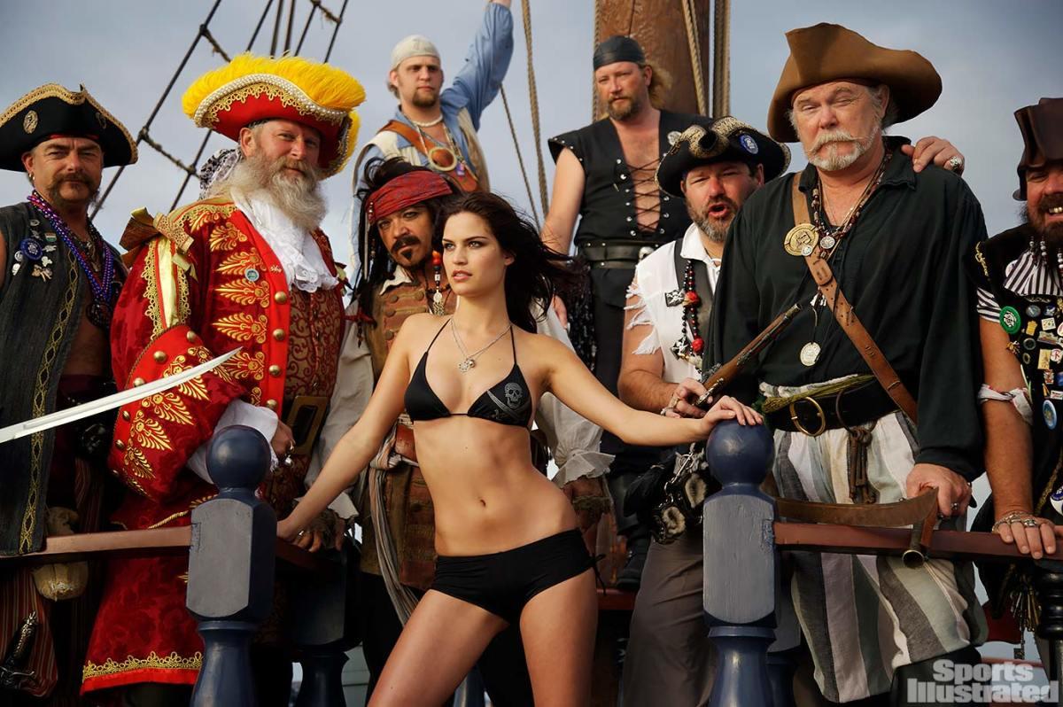2008-Melissa-Baker-pirates-076145546.jpg