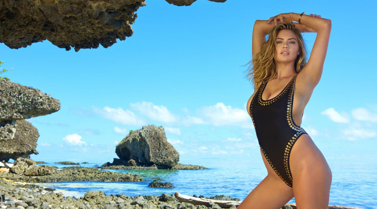 Dress like a SI Swimsuit model on your next vacation