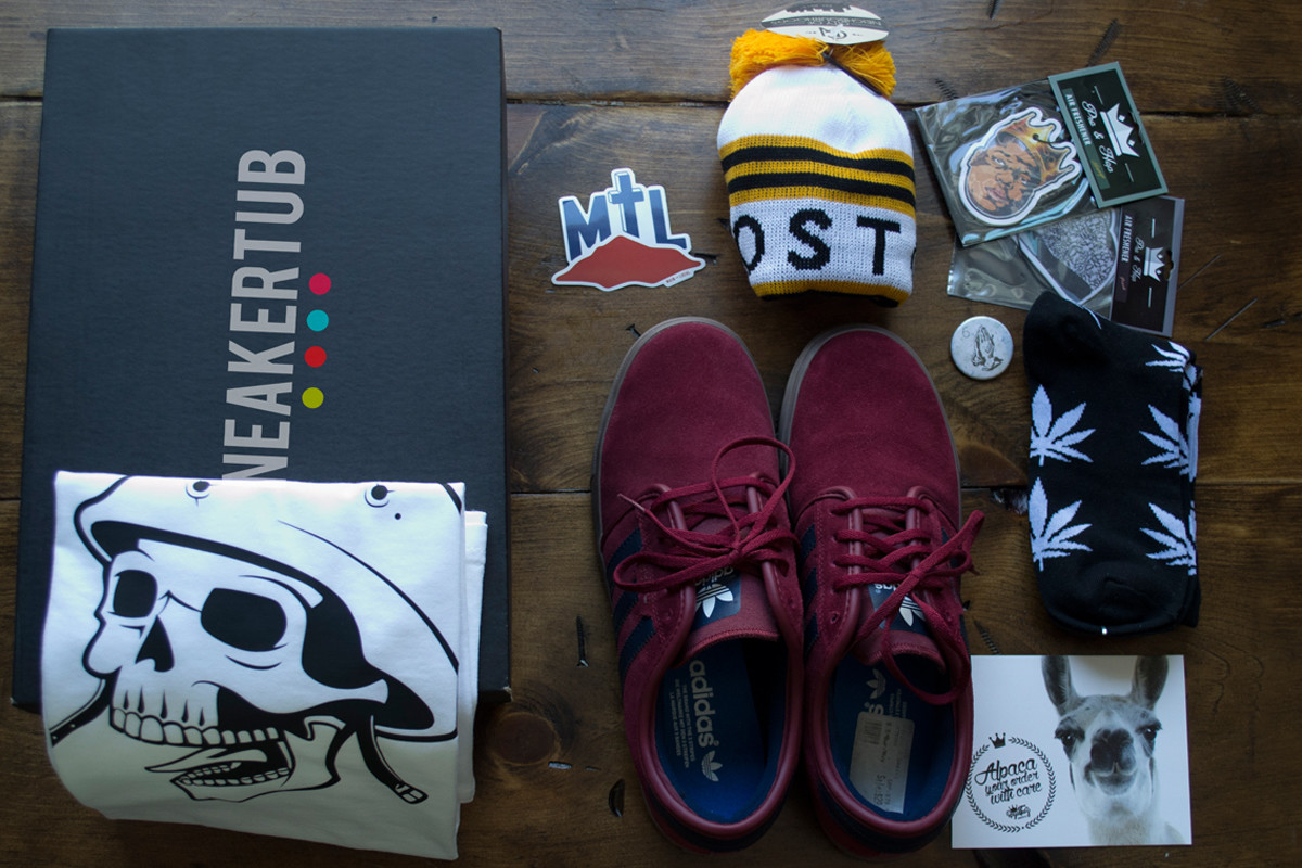 SneakerTUb.jpg