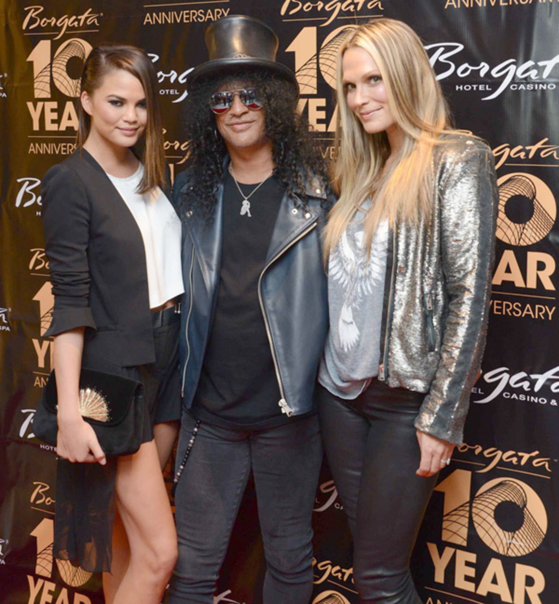 Chrissy Teigen, Molly Sims and Slash :: Courtesy of Borgata Hotel Casino