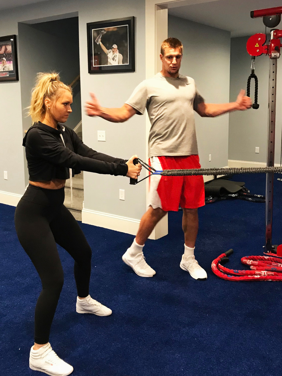 rob-camille-workout-3.jpg