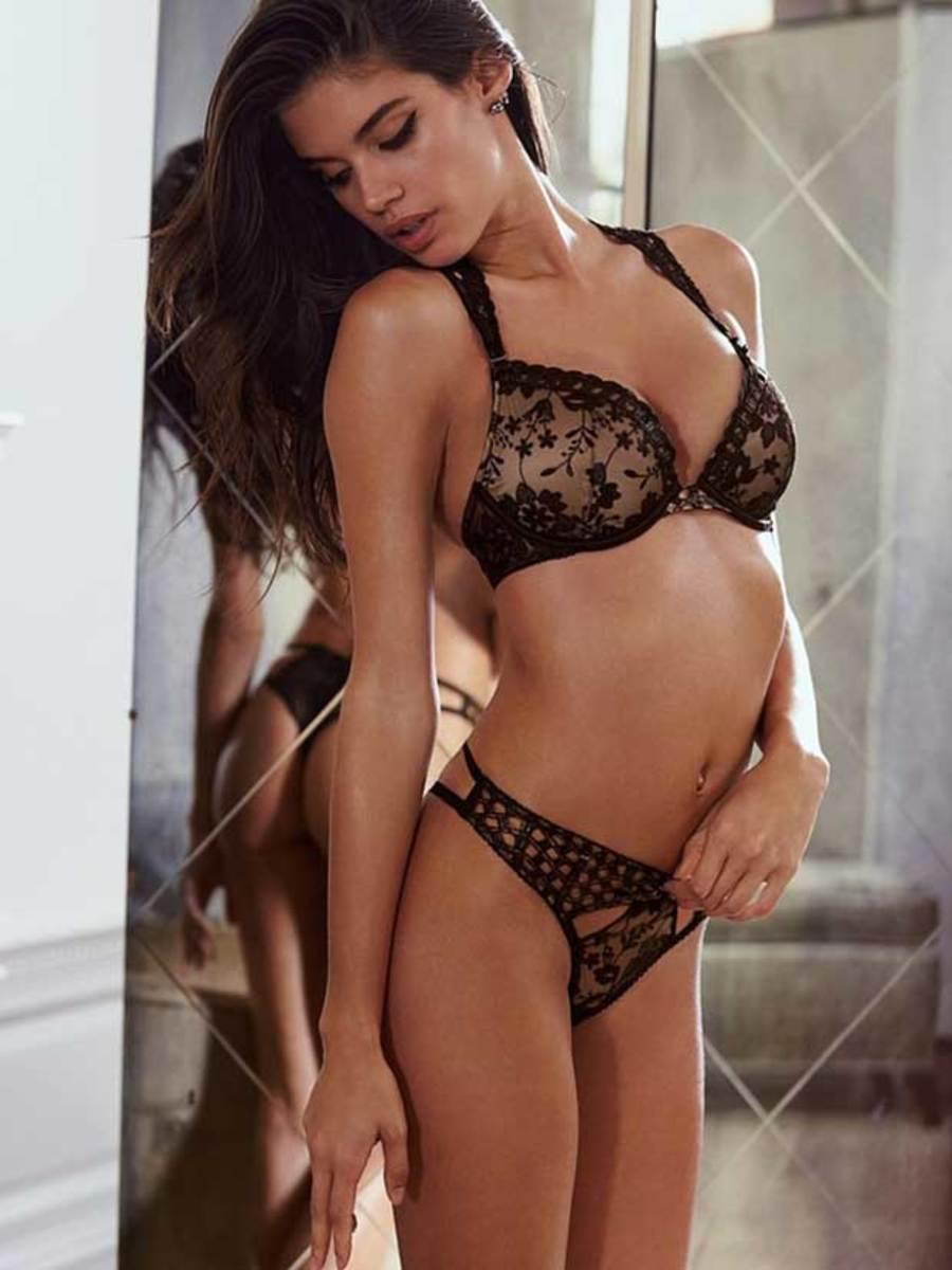 sara-sampaio-vs-lingerie-3.jpg