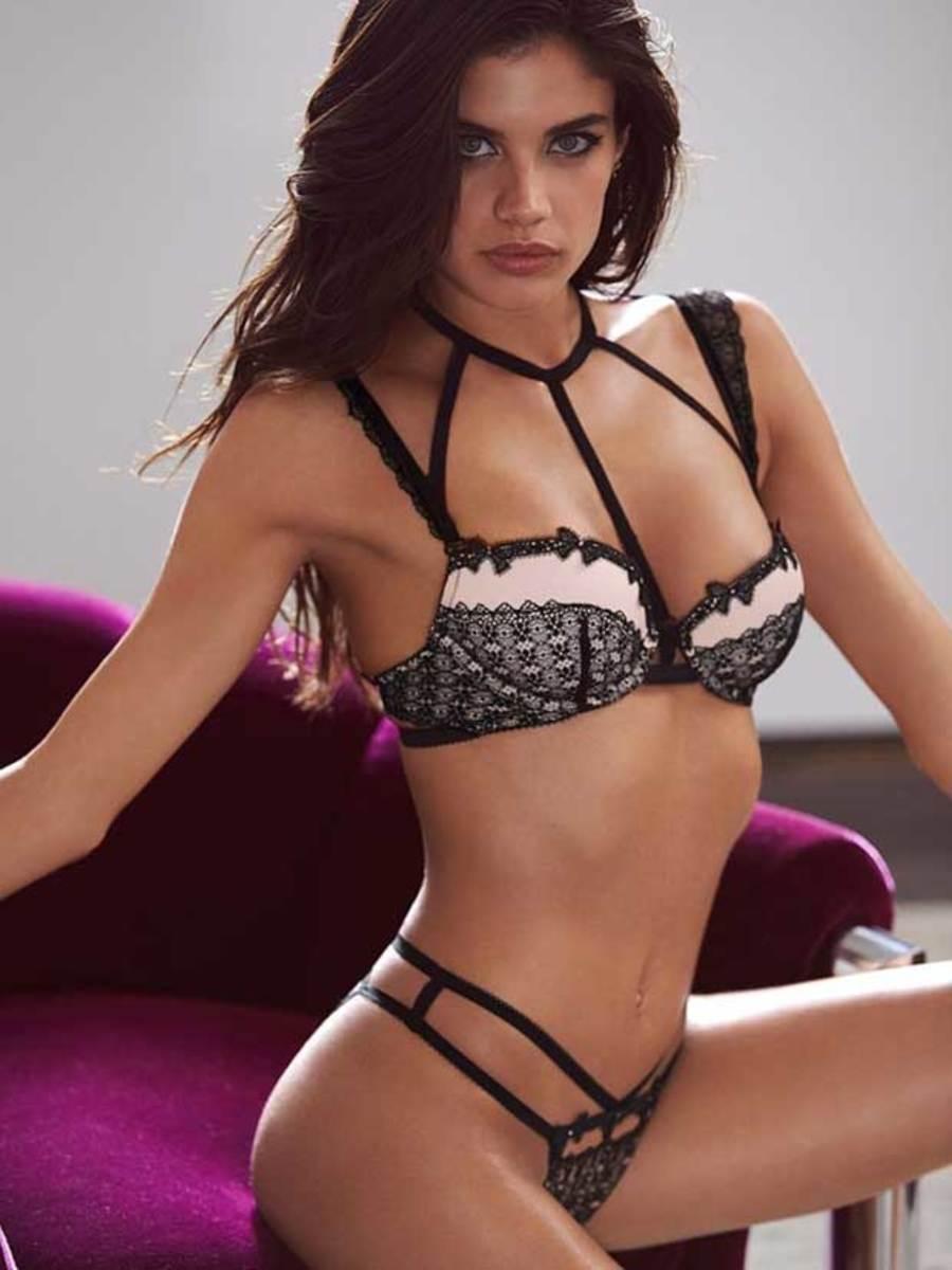 sara-sampaio-vs-lingerie-1.jpg