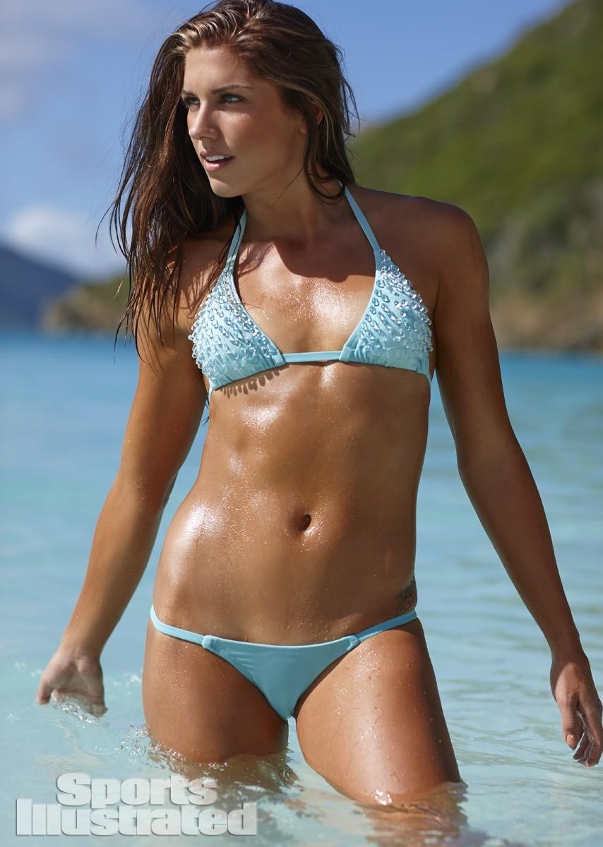 Alex Morgan 2014 Swimsuit 16