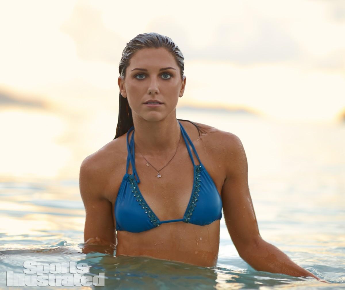 Alex Morgan 2014 Swimsuit 6