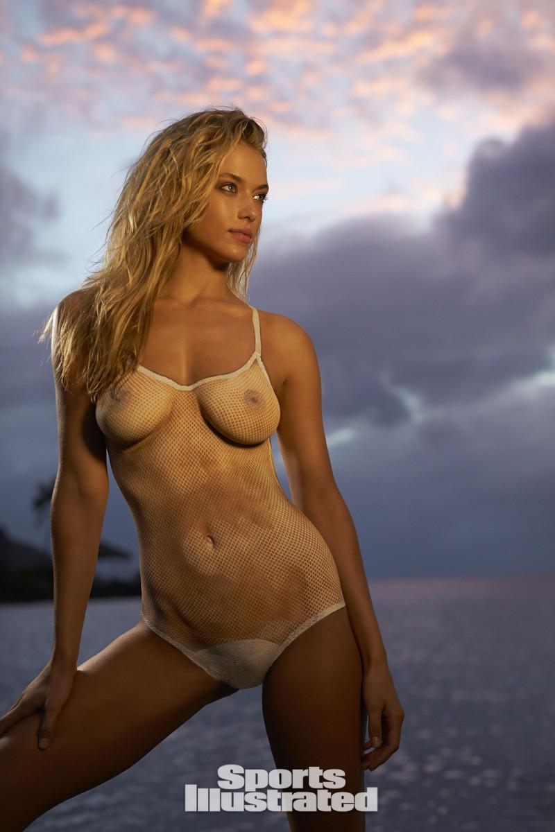 hannah ferguson 2014 web bodypaint op44-248514-rawfinalw.jpg