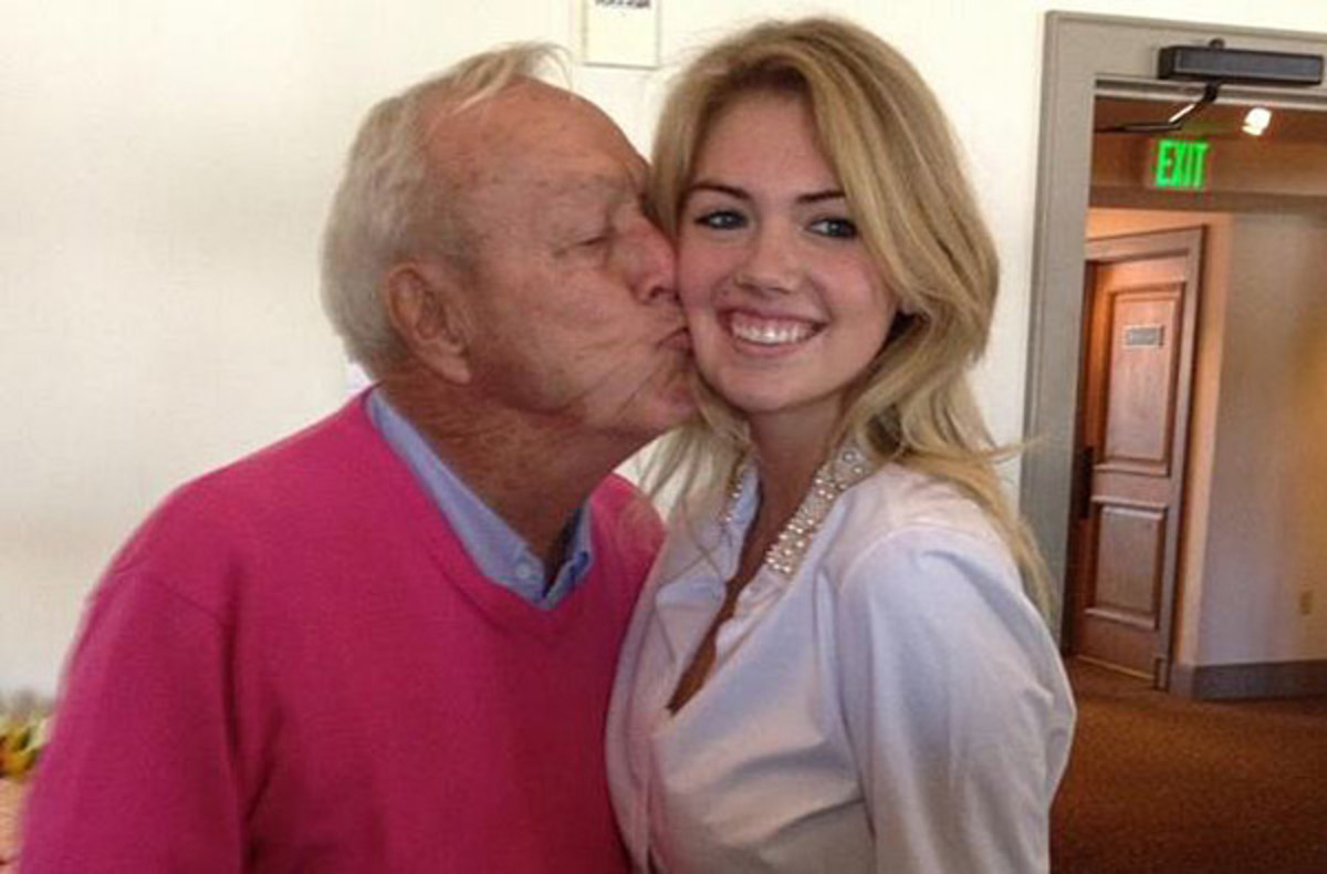 Arnold Palmer kisses Kate Upton