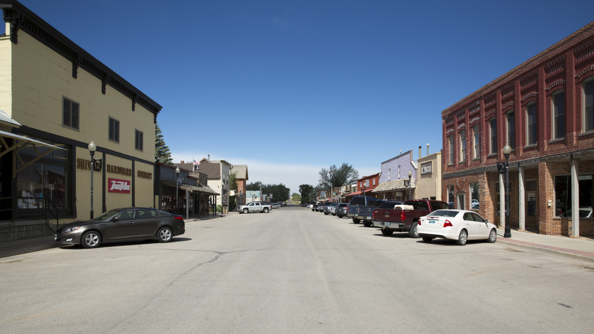 Downtown-Saratoga---Carbon-County__credit Wyoming Office of Tourism